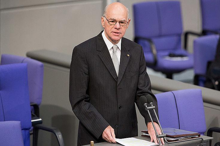 Norbert Lammert spricht zum Bundestag