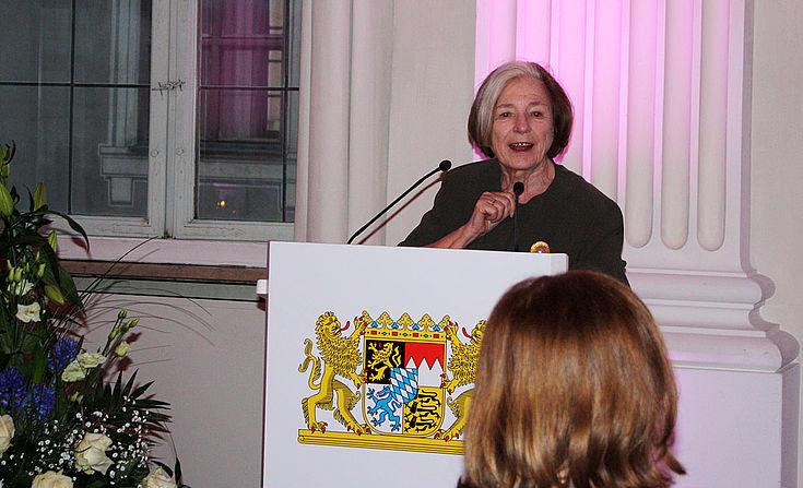 Ursula Männle (HSS-Vorsitzende) lobte die Entwicklung des Women´s Breakfast auf der MSC. Seit 2011 haben sich die Teilnehmerzahlen mehr als verdoppelt.