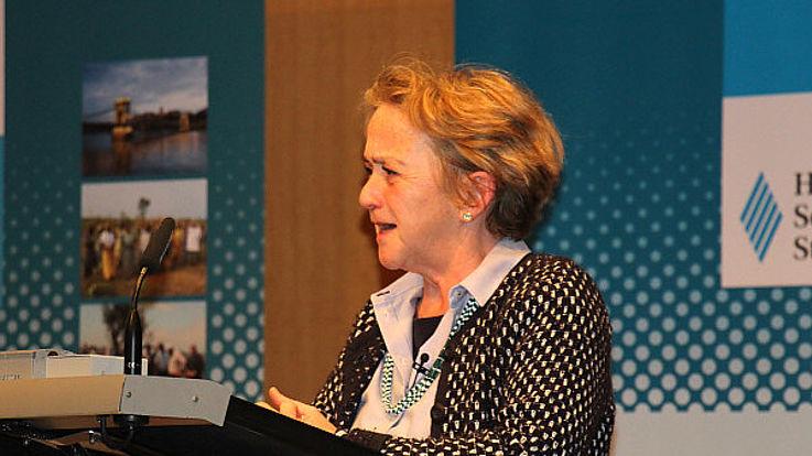 Martina Scheumann bei ihrem Vortrag Martina Scheumann bei ihrem Vortrag