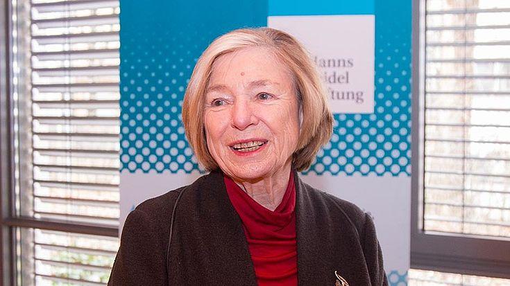 """Ursula Männle beobachtet """"Veränderungen im Wählerverhalten und der Wahrnehmung der Politik."""""""