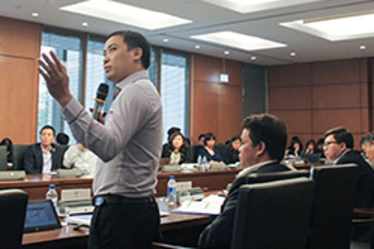Workshop-Teilnehmer diskutieren kontrovers über Luftverschmutzung