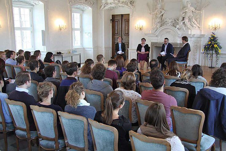 Fünfzig Stipendiatinnen und Stipendiaten nahmen am diesjährigen Fachforum Geisteswissenschaften teil.