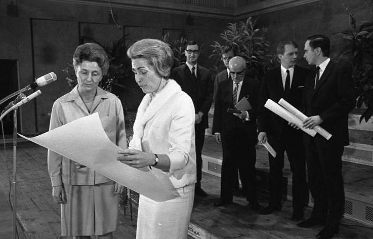 Hildegard Hamm-Brücher bei der Verleihung des Theodor-Heuss-Preises im Jahr 1970.