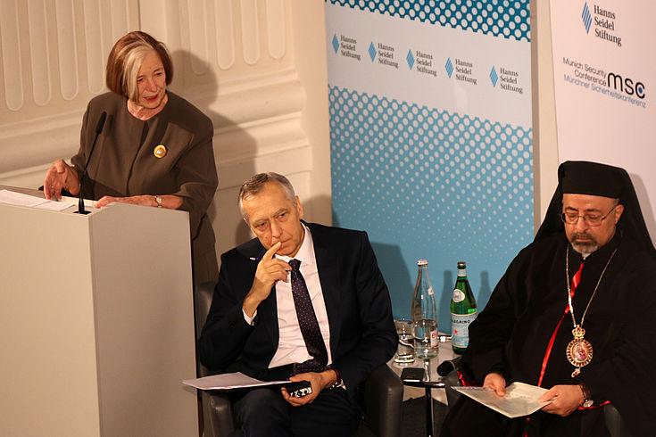 """Ursula Männle: Erkenntnis wächst, """"dass dem Verhältnis von Religion und Politik eine weitaus größere Bedeutung beigemessen werden muss."""""""