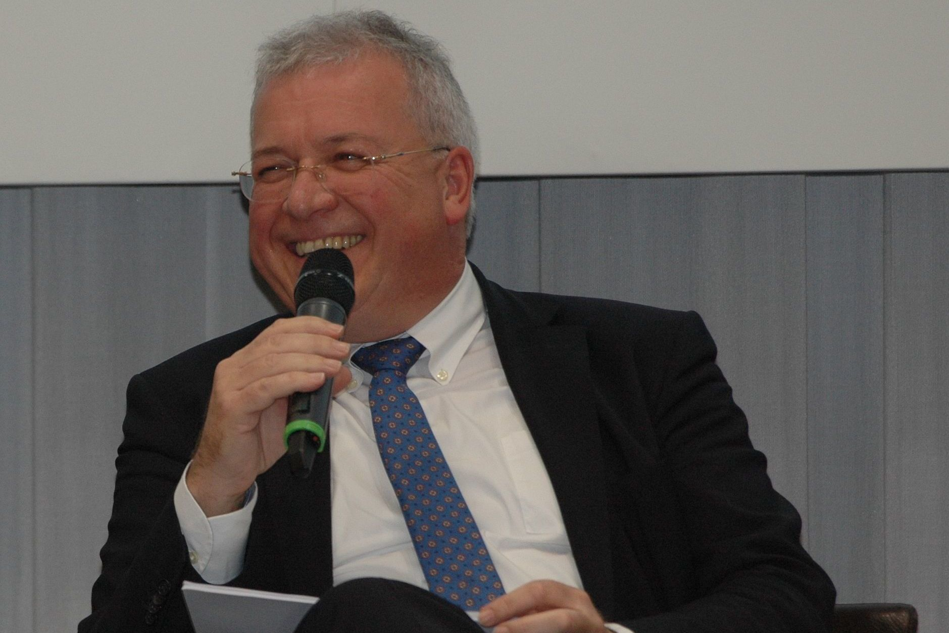 Markus Ferber, MdEP, ist seit 1994 Mitglied des Europäischen Parlaments und seit 2018 Koordinator der EVP-Fraktion im Ausschuss für Wirtschaft und Währung.