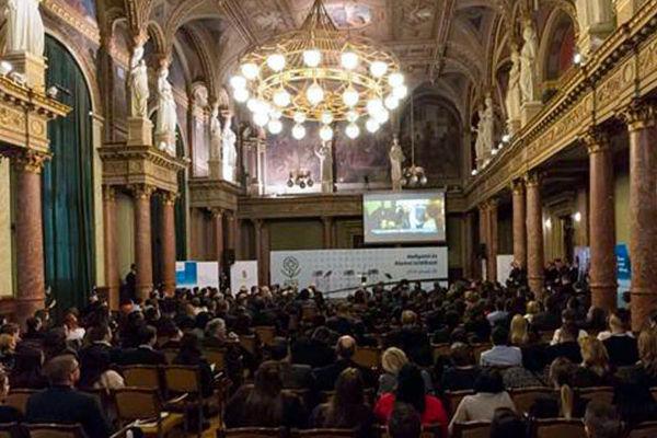 Bildung ist ein Schwerpunkt der Netzwerke. Das wurde bei dem Treffen in der Ungarischen Akademie der Wissenschaften betont.