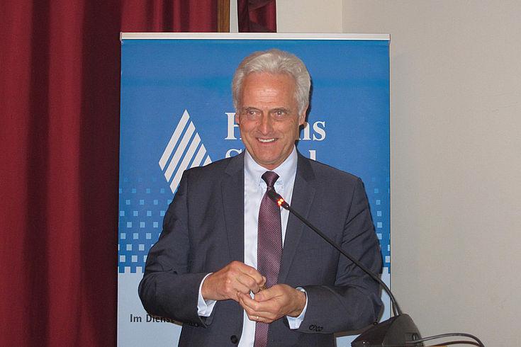 Peter Ramsauers Fokus in Moskau: Der Mittelstand, Nord Stream 2 und die Zukunft der Wirtschaftssanktionen gegen Russland.