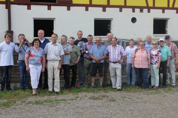 Seminarteilnehmer beim Bio- und Energiebetrieb Porzelt