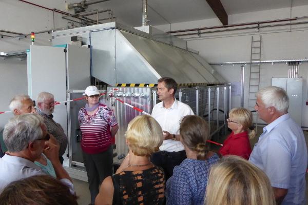 Die Biogasanlage wird erklärt.