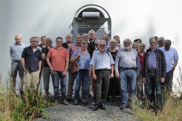 Die Teilnehmer haben auch den Bürgerwindpark Sailershäuser Wald besichtigt.