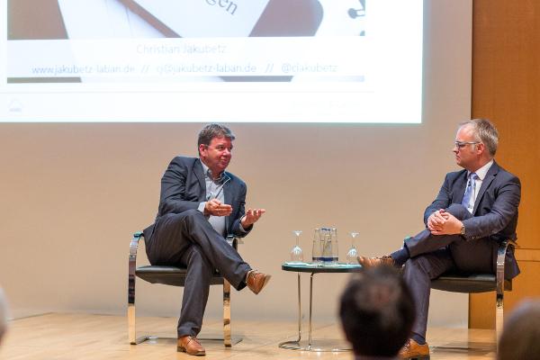 Christian Jakubetz im Gespräch mit Moderator Karl Heinz Keil (HSS)