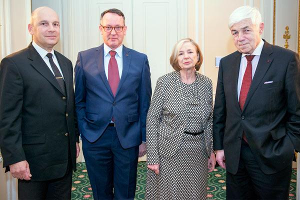 Reinhard Meier-Walser, Eberhard Grein, Ursula Männle, Michael Stürmer; ©Tim Becker