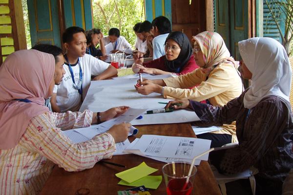 Seminar in Indonesien zum Thema Umwelterziehung